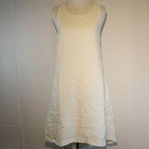 BR white linens trapeze dress!
